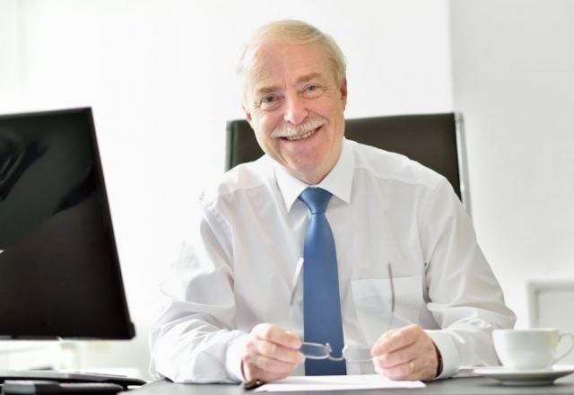 Professor Schlosser